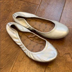 Lucky Brand Silver Flats